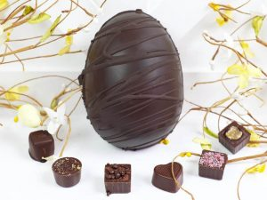 The Pod 70% Cocoa Easter Egg with Chocolates